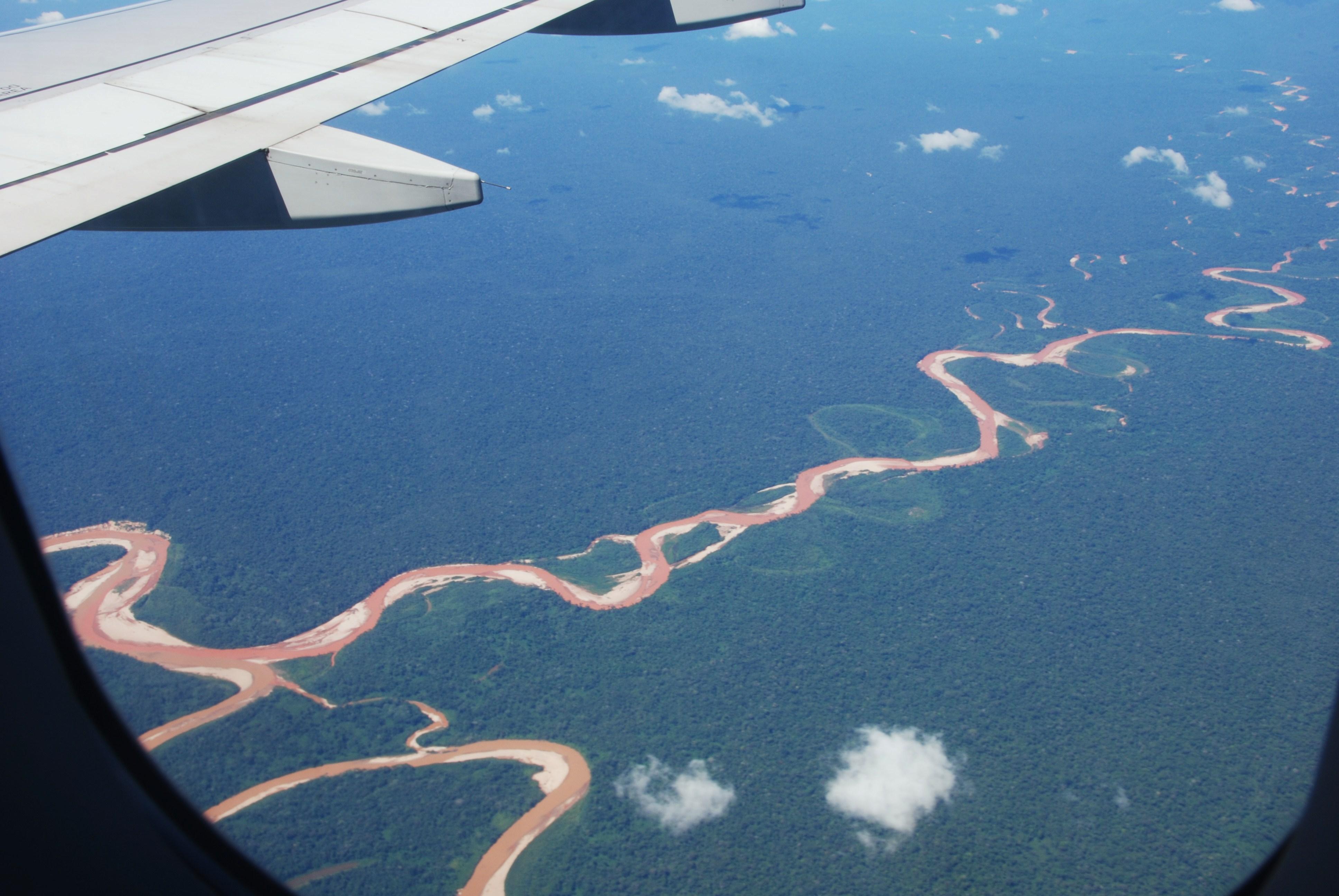 De Amazone vanuit het vliegtuig