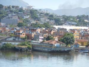 Vermijd sloppenwijken, ook overdag