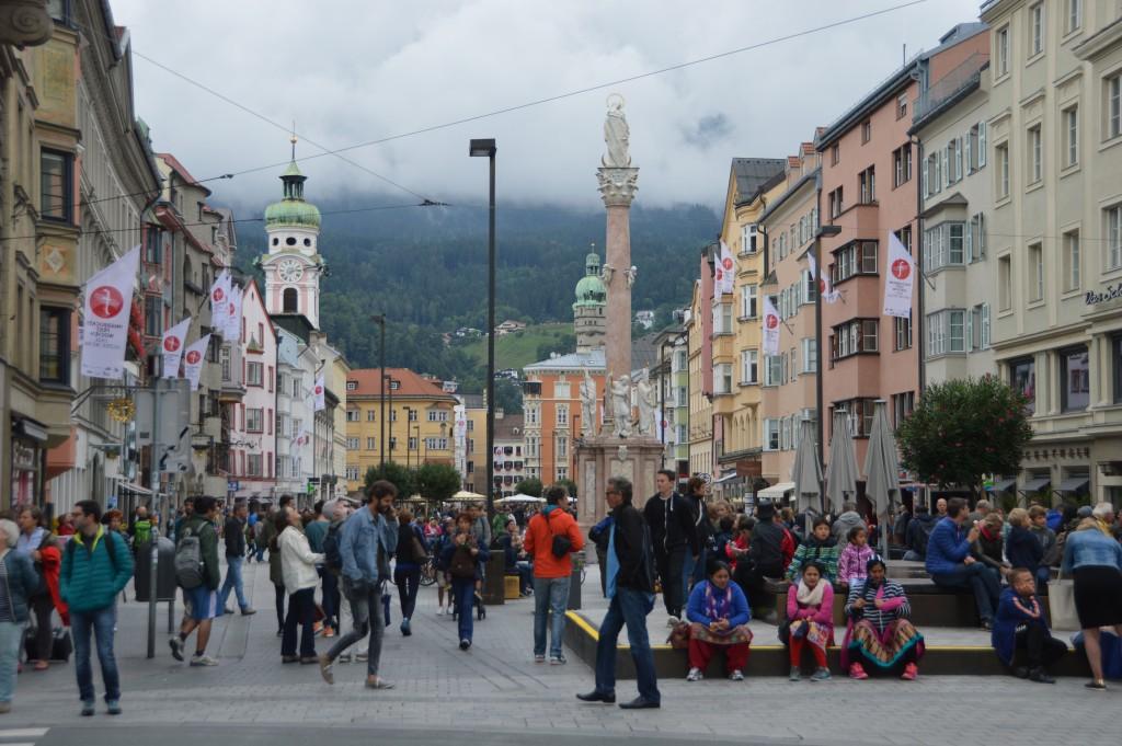 Op een wat bewolkte dag gingen we naar Innsbruck.