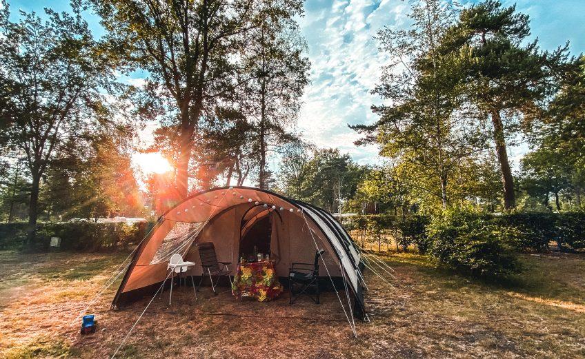 Brabant: Kamperen bij camping De Achterste Hoef in Bladel