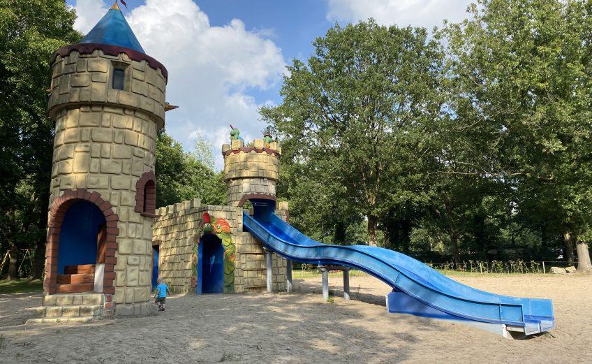 Brabant: Kamperen bij Molecaten Bosbad in Hoeven